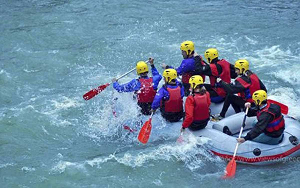 Rafting στα Λουτρά Πόζαρ